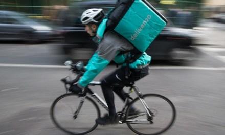 Los riders de Deliveroo son falsos autónomos