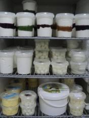 Buffelyoghurt, buffelmozzarella, feta en boter.