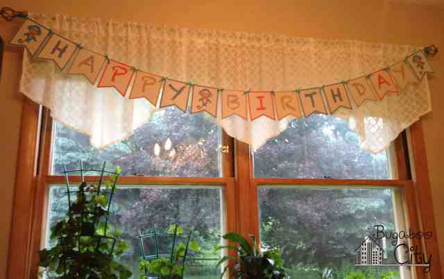 Monkey birthday banner.