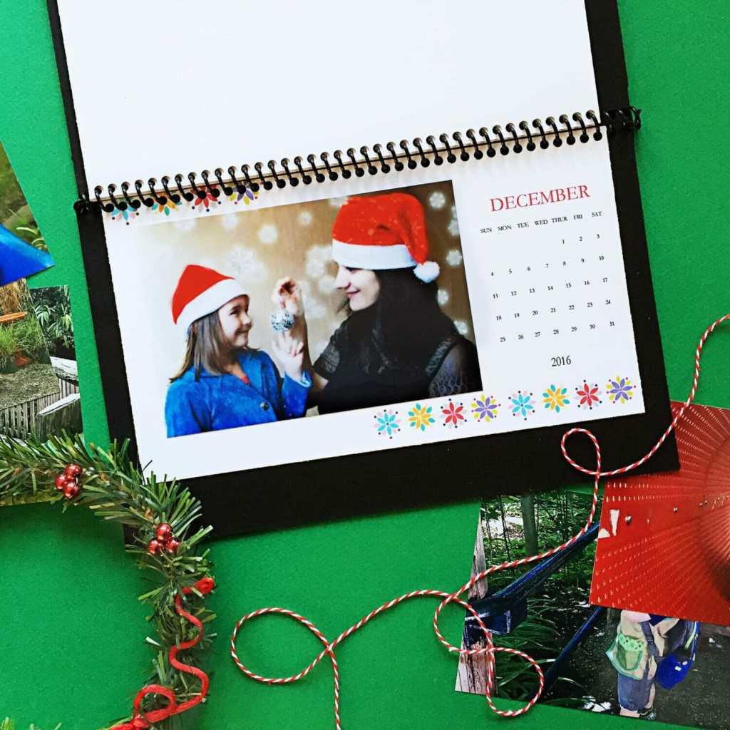 BugabooCity DIY Desktop Calendar