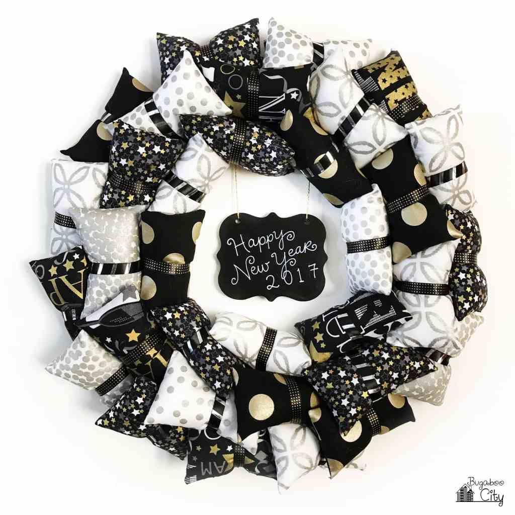 Happy New Year Pillow Wreath with free pattern
