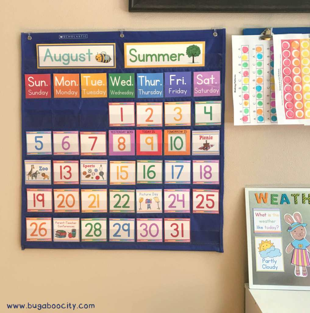 Diy Calendar For School : Diy calendar pocket chart bugaboocity