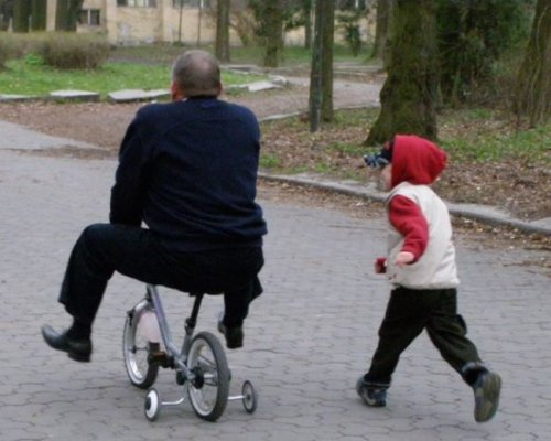 Мужчины — это большие дети (16 фото)