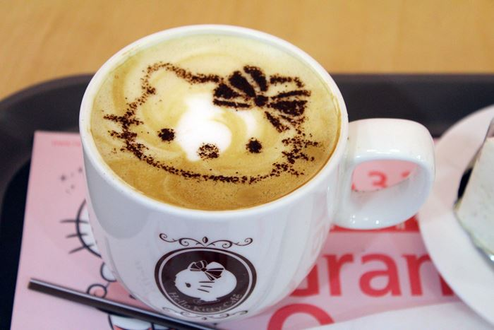 Hello Kitty cafe latte ~