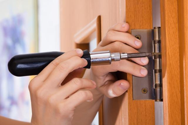 How to Fix a Sticking Door: A Simple DIY Guide