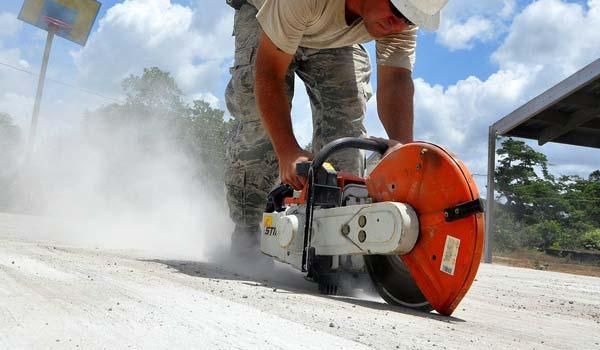 mesin gergaji potong beton