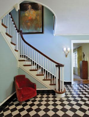 Dan Proctor of Baltimore's Kirk Designs Parisian inspired foyer image via Baltimore Style mag