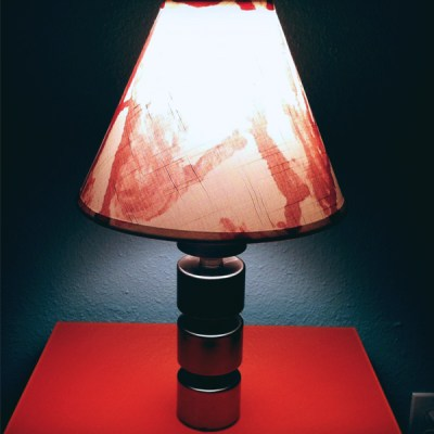 DIY Guide for Halloween Decorating :: Massacre Lamp