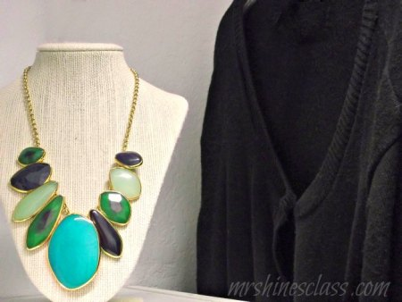 boutique closet jewelry neck form via Mrs. Hines Class