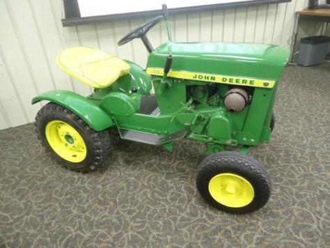 John Deere 1963 110 Tractor