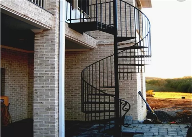 Prefabricated Spiral Stairs For Small Spaces   Spiral Stairs For Small Spaces   Minimalist   Low Budget   Semi   Corner   Acrylic