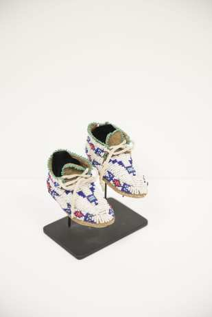 Beaded child's moccasins, Sioux, ca. 1890, Private Collection