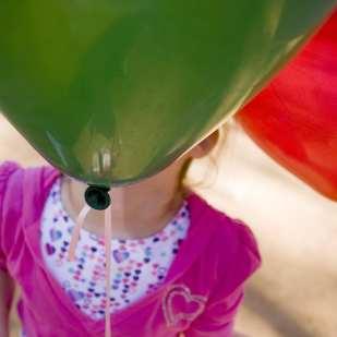 Balloon Face ©PollyGaillard