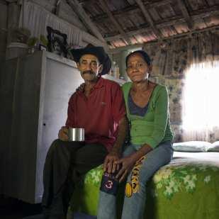 Couple in Bedroom, Cuatro Vientros, Sancti Spiritus ©Chip Cooper