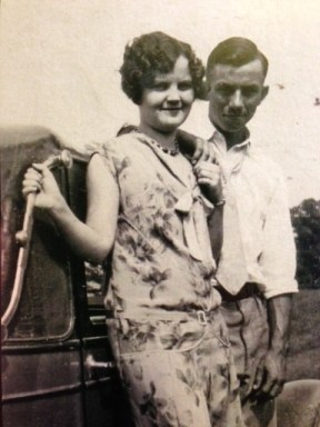 Elmer and Nedra in the early 1930s. (Notice the hand holding!)