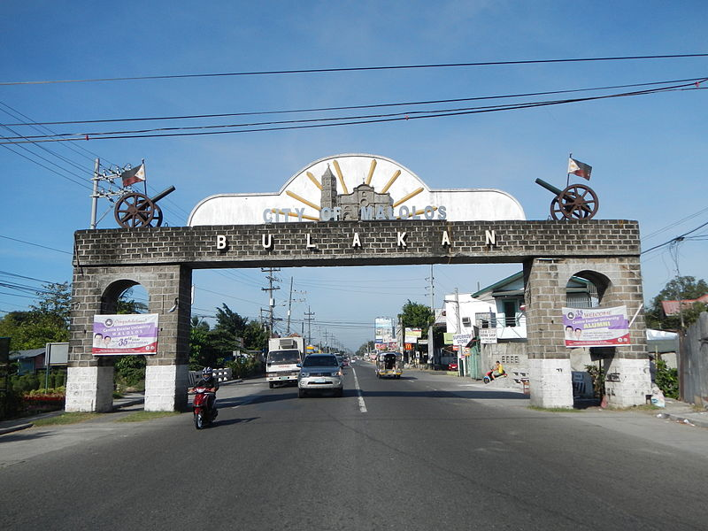 Welcome to City of Malolos Bulakan Arch in MacArthur Highway