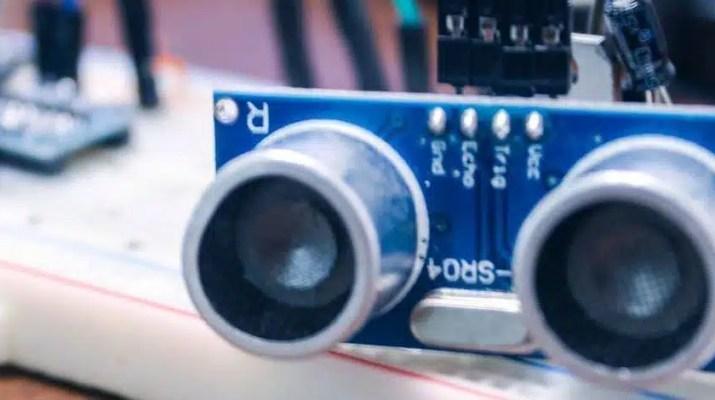 hc-sr04 mesafe sensörü