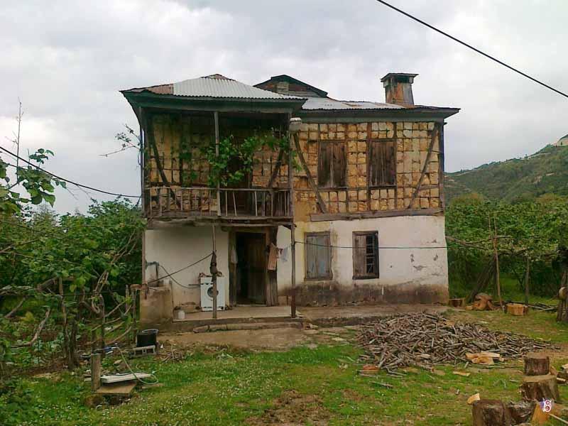 Eski Köy Evleri