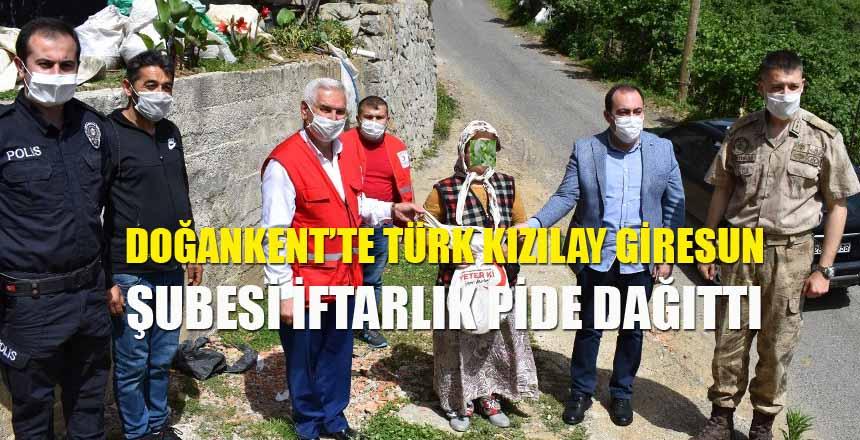 Türk Kızılay Giresun Şubesi İftarlık Pide Dağıttı