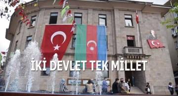 Kardeş Azerbaycan'ın her zaman yanındayız