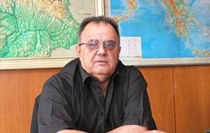 Спряганият за шеф на комисията по култура, или за министър на културата Божидар Димитров ще трябва да се откаже от поста, заради доказаното си минало, като агент на политическата ДС. Това залегна в гласуваното решение в парламента от новата му партия ГЕРБ за неучастие на бивши ДС-есари в управлението. Димитров напусна БСП на 10 Юни т.г. преди изборите и се включи в партията-победителка.