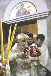 София, 29 октомври 2009 С Божествена Света литургия, която патриарх Максим отслужи в деня на своята деветдесет и пета годишнина, бе осветен храмът-параклис