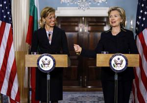 Министър Румяна Желева и държавният секретар на САЩ Хилари Клинтън направиха изявления пред българските и американските медии на специално уредената прес-конференция.