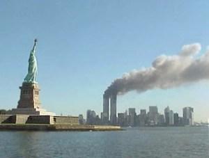 Атентатите от 11 септември 2001 г. са поредица от 4 съгласувани самоубийствени атаки срещу САЩ, извършени на 11 септември 2001 г. в Ню Йорк и Вашингтон. Похитителите умишлено разбиват 2 от тях в 2-те кули-близнаци на Световния търговски център в Ню Йорк, при което за по-малко от 2 часа кулите се сриват до основи.