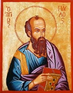 Св. апостол Павел се изобразява с високо чело, малко плешив, с тъмна или пък прошарена коса, с широка брада на кичури. Обикновено държи свитък, изписан с текст от неговите послания. Понякога държи всички свои 14 послания като една книга или като 14 свитъка, свързани общо. Химатият му е на цвят кафяв или тъмно лилав, а хитонът - светло или тъмно син, или пък синьозелен.