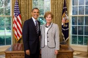 Посланика ни в САЩ Елена Поптодорова с президента на САЩ Барак Обама. Фото: Белия дом