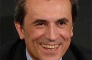 Пламен Орешарски, премиерът на Р България отказва да подаде оствка по призивите на над 100-дневните протести по улиците в България.