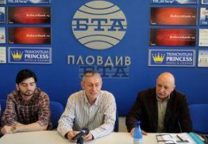 Тази година д-р Соломон Паси ще вземе участие в 9-тата среща на българските медии от целия свят в родния си град Пловдив. (Фото:БТА)