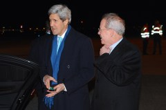 Ambassador Broas Greets Secretary Kerry Upon Arrival in Amsterdam Photo: http://www.state.gov