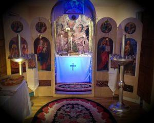 Олтарът на новоткритата Българска Православна Църква в Сах Франциско