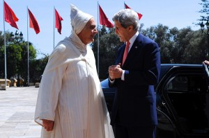 Secretary Kerry is Greeted by Moroccan Foreign Minister Mezouar at the Royal Palace in Casablanca, Morocco. Photo: http://www.state.gov