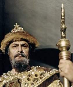 """Никола Гюзелев в ролята на Борис Годунов в операта """"Борис Годунов"""" от Модест Мусоргски."""