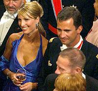 Принц Фелипе с норвежкия модел Ева Санъм