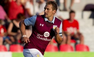 Стилиян Петров (Stiliyan Petrov, Стан, Стенли) е български футболист - полузащитник, играч на Астън Вила.