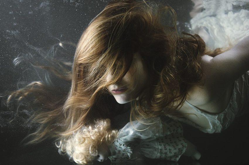 Чувството и фотографиите на Мира Недялкова