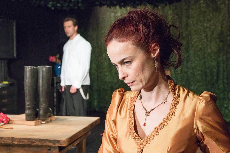 """Госпожица Юлия"" – страст, лудост и разочарования в нощта срещу Еньовден"