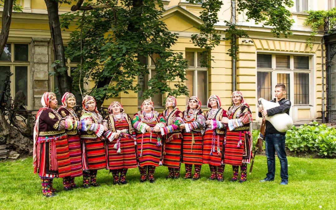 Песните на село Дряново – от баба на внучка