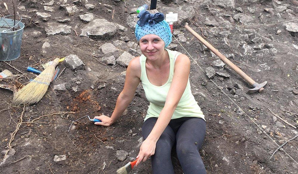 """Мая Иванова: """"Нашата школа възпитава децата в отношение към миналото и в любов към археологията"""""""
