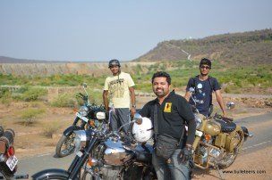 Bulleteers, Royal Enfield Riders from Gwalior, breakfast ride to Tighra Dam. The large water reservoir near Gwalior offers a scenic view .