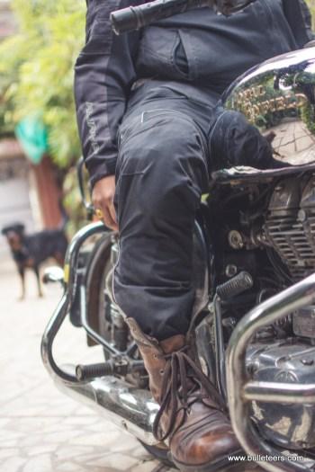 riding-pants-royal-enfield-7581