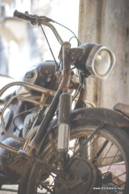 A very old Rajdoot motorcycle lying unused at the Pahadgarh Fort.