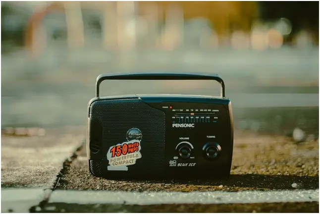 , choose a perfect construction site radio
