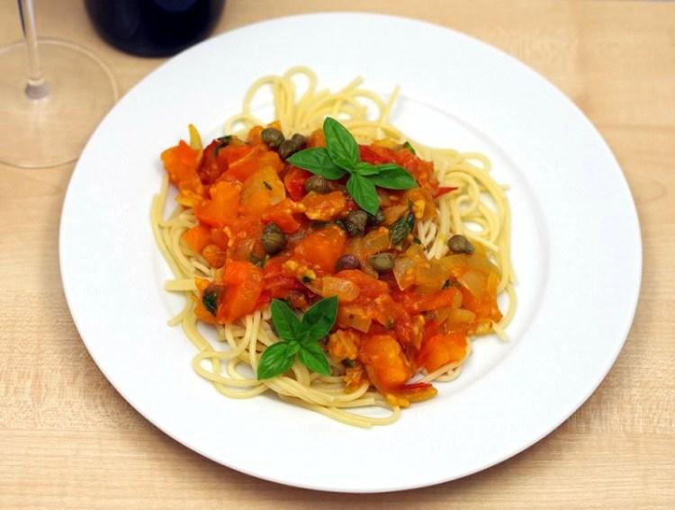 speghetti-ze-swiezymi-pomidorami