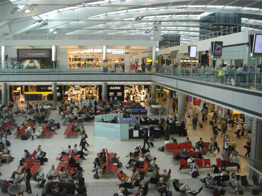 Gli aeroporti attraversano una difficile fase che potrebbe portarli a un forte calo della profittabilità