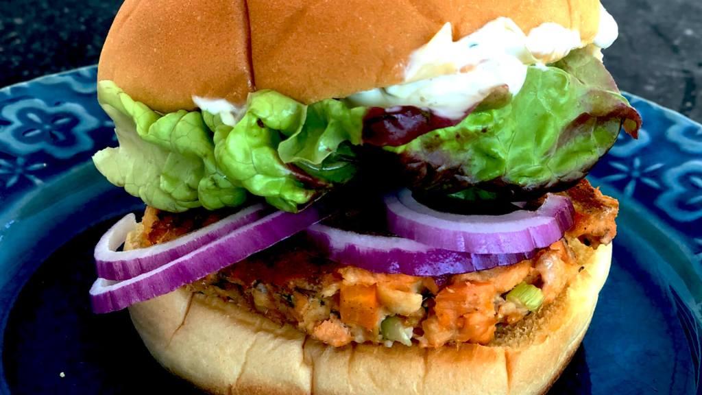 Salmon Burger with Artichoke Aioli