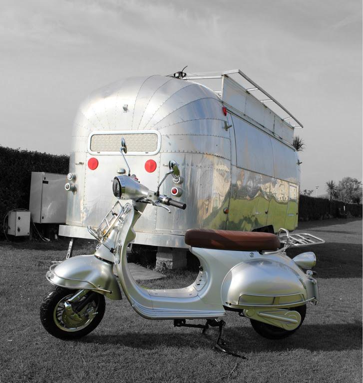 classic-silver-caravan